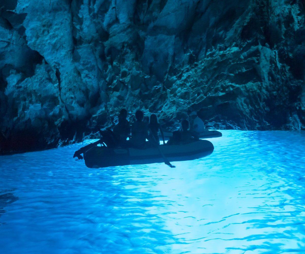 bluecave-bisevo-bluecave transfers